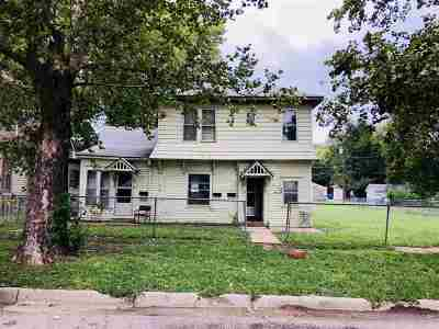 Junction City Multi Family Home For Sale: 218 W 11th