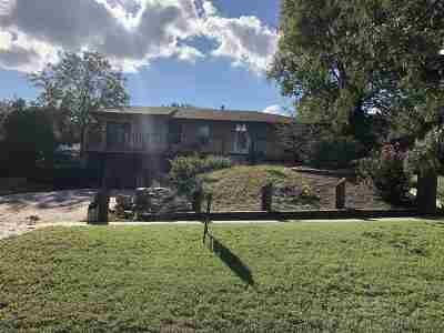 Wakefield Single Family Home For Sale: 603 Birch