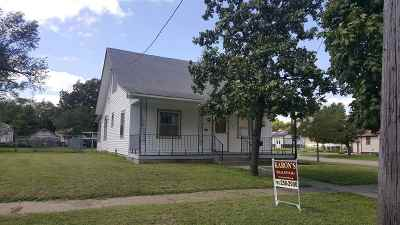 Herington Single Family Home For Sale: 19 N 7th Street