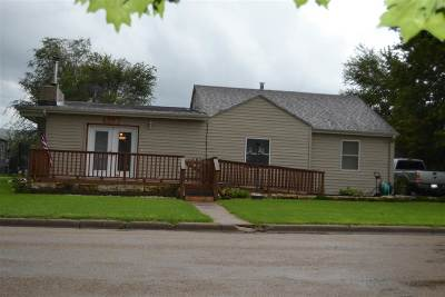 Chapman Single Family Home For Sale: 205 W 8th