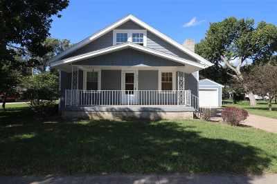 Chapman Single Family Home For Sale: 226 E 5th Street