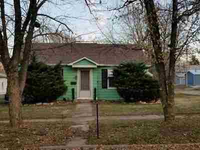 Herington Single Family Home For Sale: 16 S D Street