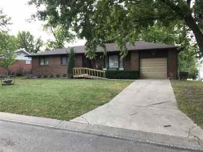 Alma Single Family Home For Sale: 410 W 8th Street