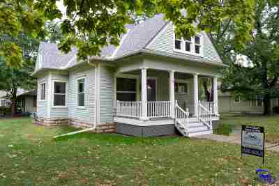 Wamego Single Family Home For Sale: 410 E 6th Street