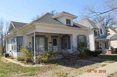 Herington Single Family Home For Sale: 311 N Broadway