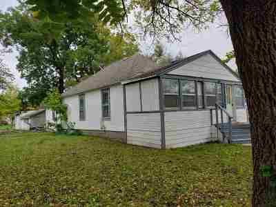 Manhattan Single Family Home For Sale: 1420 Houston Street