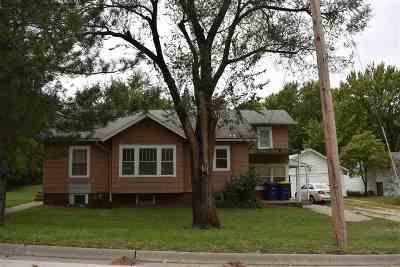 Manhattan Single Family Home For Sale: 1713 Casement Road