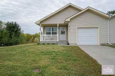 Junction City Single Family Home For Sale: 2620 Deerfield Boulevard