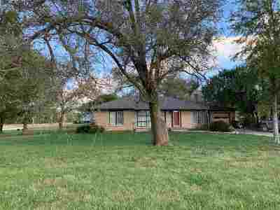 Wamego Single Family Home For Sale: 20855 School View Road