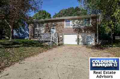 Manhattan Single Family Home For Sale: 3112 Ella Lane