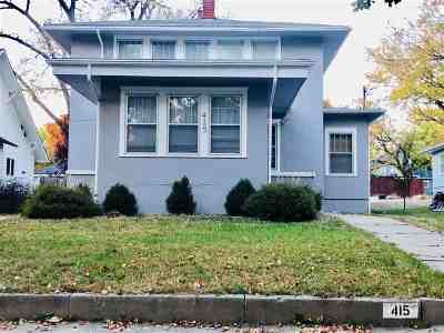 Clay Center Single Family Home For Sale: 415 Blunt