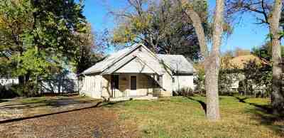Junction City Single Family Home For Sale: 810 W 4th Street