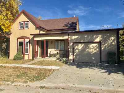 Chapman Single Family Home For Sale: 114 E 2nd Street