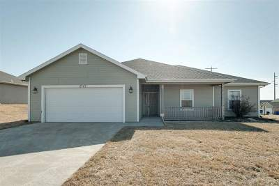 Single Family Home For Sale: 2743 Devin Drive