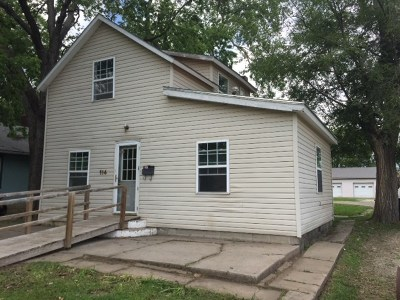 Junction City Single Family Home For Sale: 114 W 17th Street