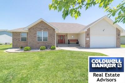 Manhattan Single Family Home For Sale: 4025 Bald Eagle Drive