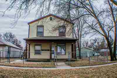 Junction City Multi Family Home For Sale: 527 W 14th Street