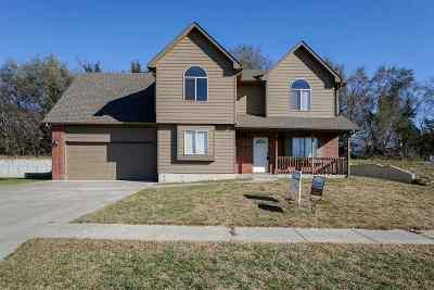 Single Family Home For Sale: 1517 Rivendell Street