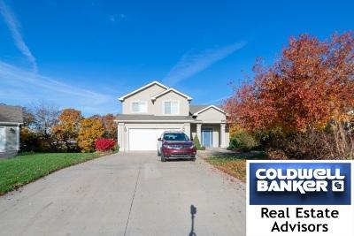 Manhattan Single Family Home For Sale: 3104 Davis Circle