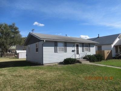 Herington Single Family Home For Sale: 722 N A Street