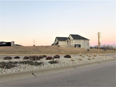 Riley County Single Family Home For Sale: 2110 Mackintosh Court