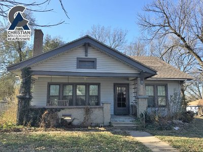 Riley County Single Family Home For Sale: 207 N Kansas