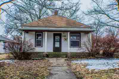 Junction City Single Family Home For Sale: 339 W Pine