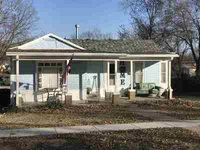Alma Single Family Home For Sale: 608 Kansas Ave