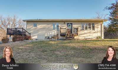 Manhattan Single Family Home For Sale: 3710 Silver Creek Road