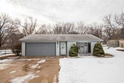 Ogden Single Family Home For Sale: 302 Palomino Lane
