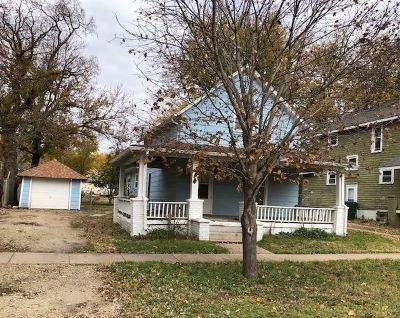 Abilene Single Family Home For Sale: 319 NE 5th Street