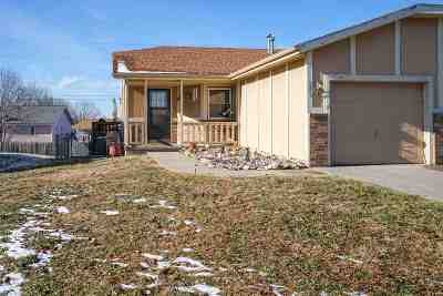 Junction City Single Family Home For Sale: 232 S Kiowa Court