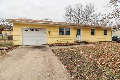 Single Family Home For Sale: 112 Warnow Circle