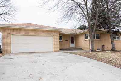Junction City Single Family Home For Sale: 1325 Summit Street