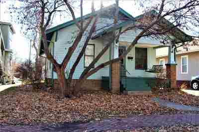 Manhattan KS Single Family Home For Sale: $115,000