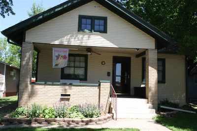 Abilene Single Family Home For Sale: 908 NW 2nd Street