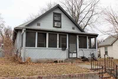 Manhattan Single Family Home For Sale: 414 Vattier
