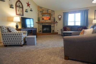 Single Family Home For Sale: 1230 Forest Park Lane