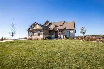 Riley County Single Family Home For Sale: 1416 Leone Court