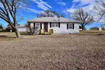 Junction City Single Family Home For Sale: 6316 Liberty Hall Rd