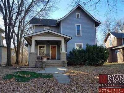 Manhattan Multi Family Home For Sale: 911 Laramie St.