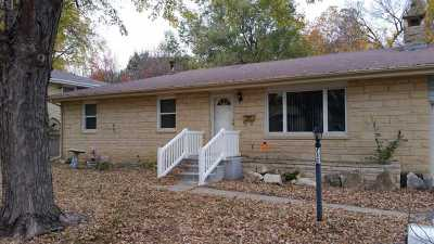 Junction City Single Family Home For Sale: 712 W Spruce
