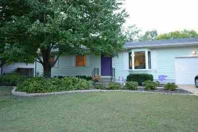 Manhattan Single Family Home For Sale: 2203 Tamarron Terrace