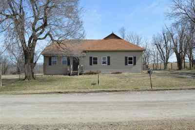 Herington Single Family Home For Sale: 10 S H Street
