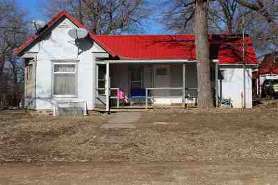 Clay County Single Family Home For Sale: 109 Main Street