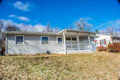 Junction City Single Family Home For Sale: 518 S Calhoun Street