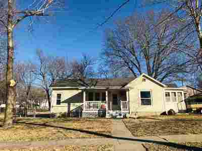 Clay Center Single Family Home For Sale: 1220 7th