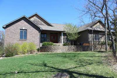 Wamego Single Family Home For Sale: 4255 Whitetail Lane