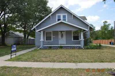 Herington KS Single Family Home For Sale: $68,000