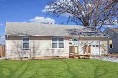 Junction City Single Family Home For Sale: 1032 W 9th Street